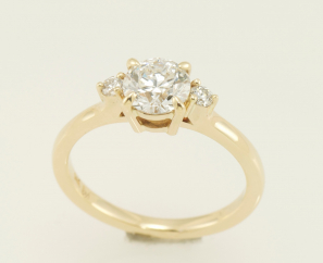0.90CT ROUND BRILLIANT 14K GOLD SETTING E COLOR DIAMOND RING – SOLD