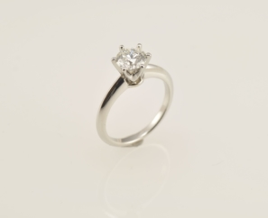 1.00CT ROUND BRILLIANT I COLOR DIAMOND RING – SOLD