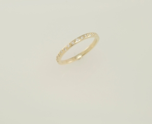 CUSTOM MADE 18K YELLOW GOLD LADIES WEDDING BAND