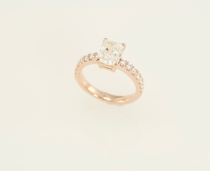 1.71 CT CUT CORNERED RECTANGULAR MODIFIED BRILLIANT LADIES DIAMOND RING