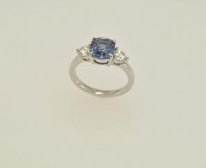 2.9 CT CUSHION CUT BLUE SAPPHIRE 0.5 CT CUSHION CUT DIAMOND PLATINUM LADIES RING